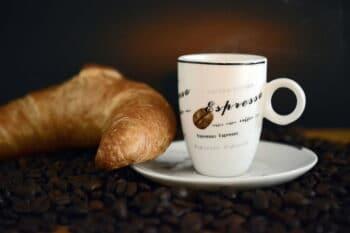 Espresso Croissant | snackconnection