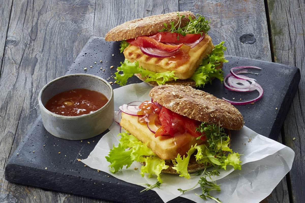 Grillkäse Burger mit Chuteny