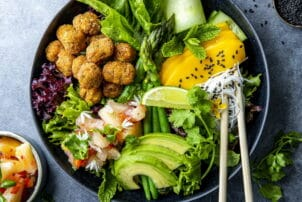 Falafel-Salat Bowl