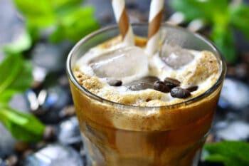 Cold brew coffee Latte Shaum