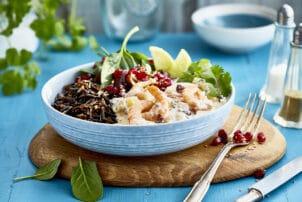 Fisch Bowl Garnelen Salat Orientalisch