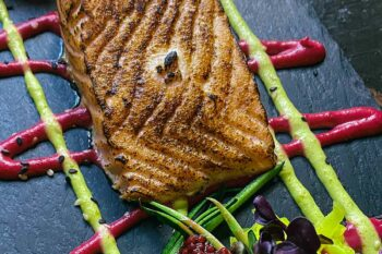 Flambierter Lachs