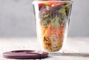 Mehrweg Verpackung ISY Cup Recircle Salat