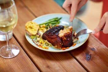 Steak auf Teller | snackconnection