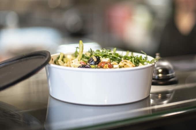 Mehrweg Verpackung Bowl Salat