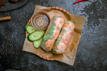 Vietnam-Asien-Fruehlingsrolle-Reisroellchen