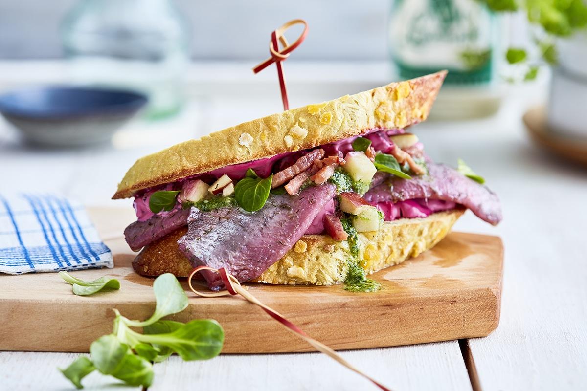 Rote Beete Herings Sandwich
